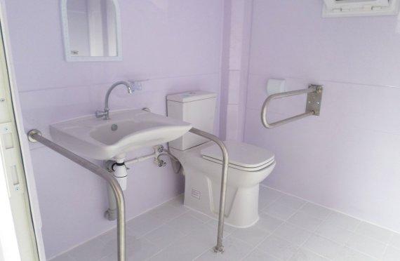 215x215 Hordozható Fogyatékos WC Kabino